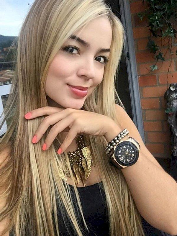 יוליה היפה